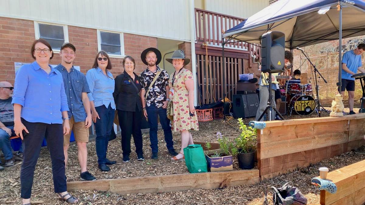 Susan Templeman MP, permaculture graduate Erik Osterberg, Blackheath Rotary president Christina Jackson, Blackheath Rotary's Mina Howard, permaculture graduate Vaughan Jones, and Headspace Katoomba's Debra Mainwaring. Picture: Supplied