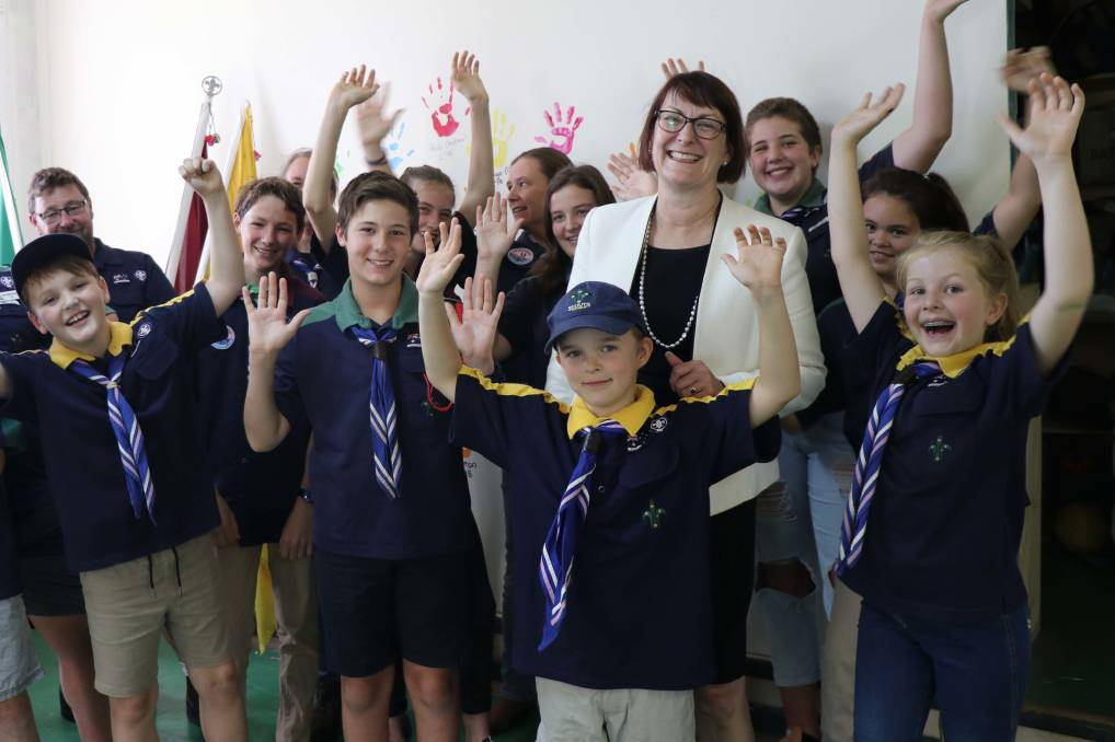 Macquarie MP Susan Templeman with members of the 1st Glossodia Scout Group. Picture: Supplied